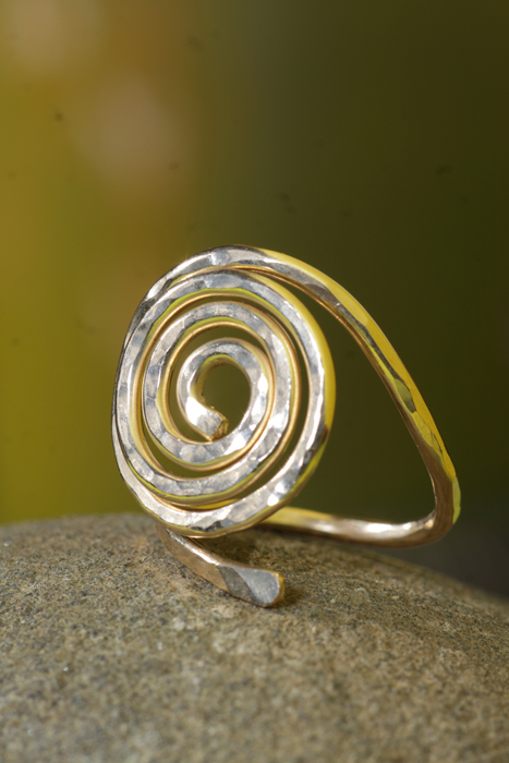 Hand Made Spiral Design Gold Ring Hawaii Jewel By Toni Cordas