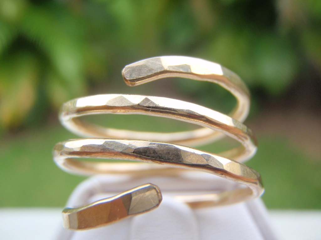 gold triple band ring