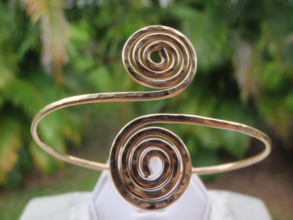 gold spiral bracelet